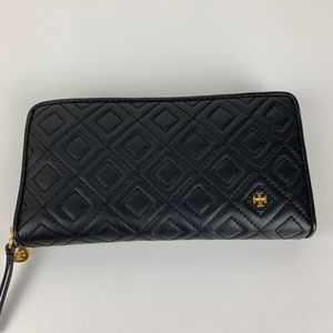 New Tory Burch Fleming Quilted Continental Wallet